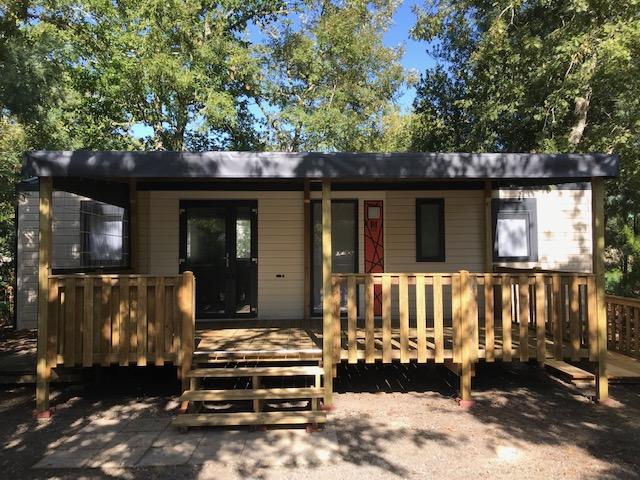 Santa Fé Trio Espace RIDEAU installé sur camping – Locat-Landes