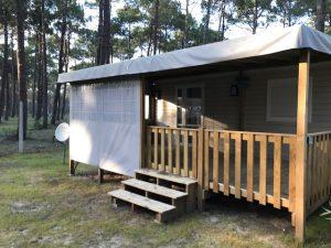 terrasse bois avec joue de fermeture