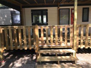 terrasse couverte avec portillon coulissant